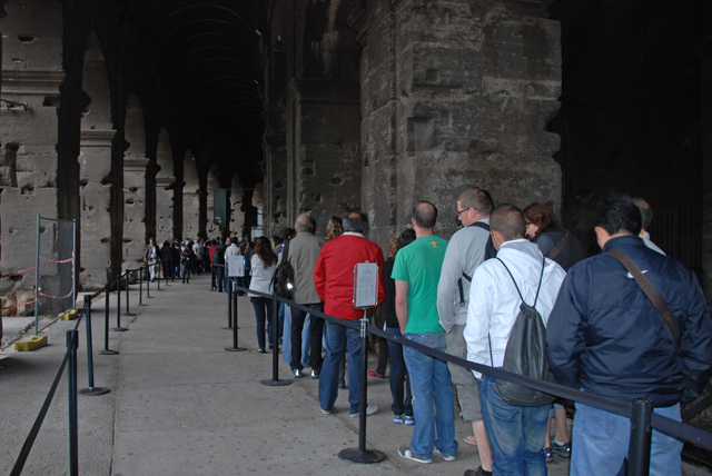 See all those people waiting in line?  They need to read Rick Steves...